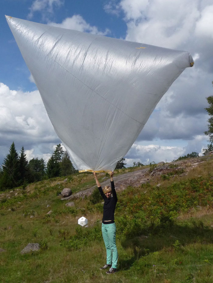 12' tetrahedron balloon darkened with charcoal powder