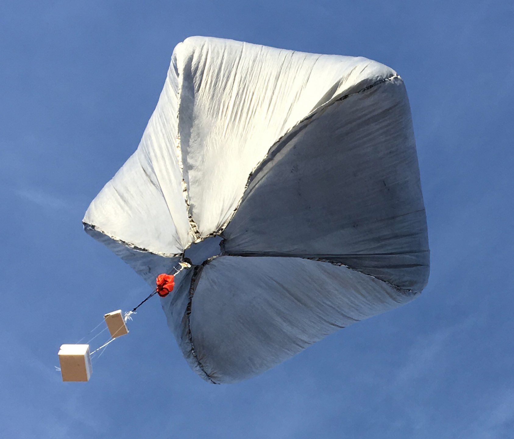 Danny Bowman's Spherical Solar Balloons